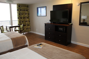 Oceanfront - Two Double Beds Picture 1